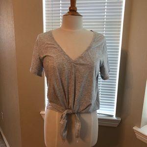 Lululemon Tie-front top. Sz 8 Light Gray